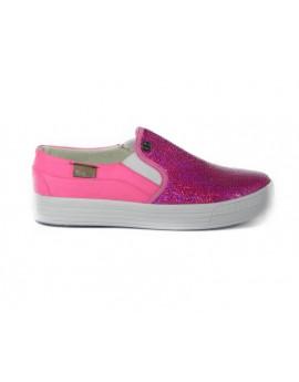 Weppy Yee Pink